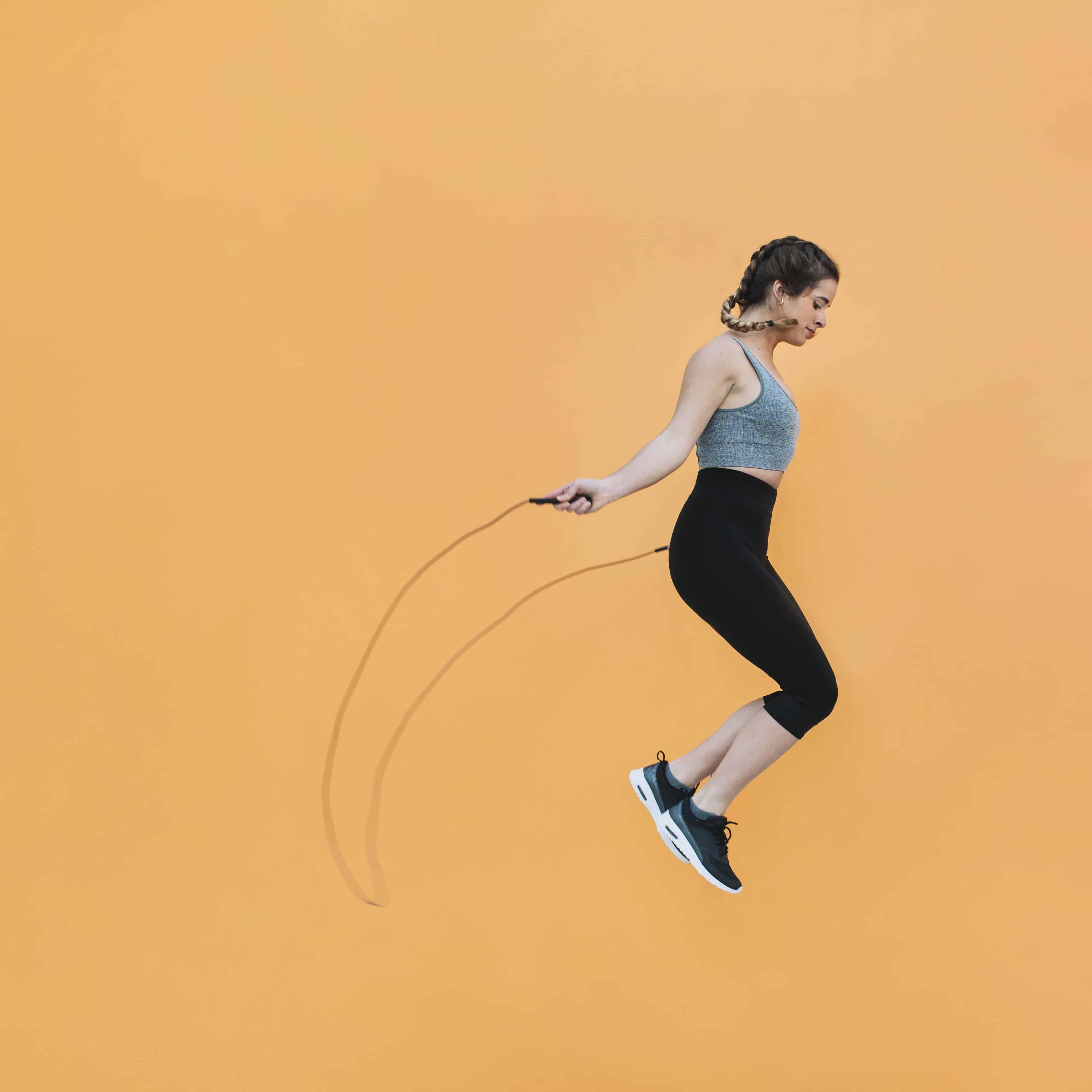 ฟิตหุ่นต้อนรับปีใหม่! กับวิธีออกกำลังกายสำหรับคนอยู่คอนโด